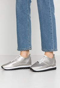 JETTE - Trainers - silver - 0
