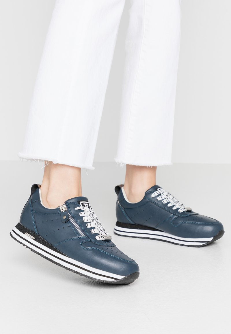 JETTE - Trainers - navy