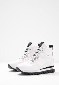 JETTE - Platform ankle boots - white - 4