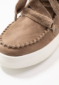 JETTE - Lace-up ankle boots - beige - 2