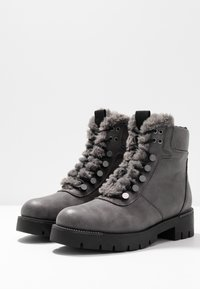 JETTE - Platform ankle boots - grey - 4