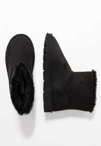 JETTE - Classic ankle boots - black - 3