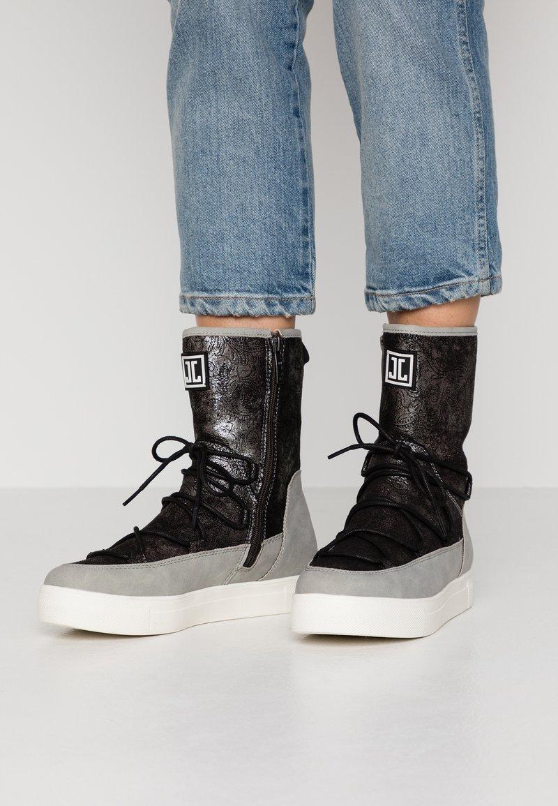 JETTE - Støvletter - grey/pewter