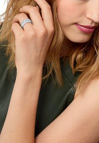JETTE - JETTE - Ring - silver-coloured - 0