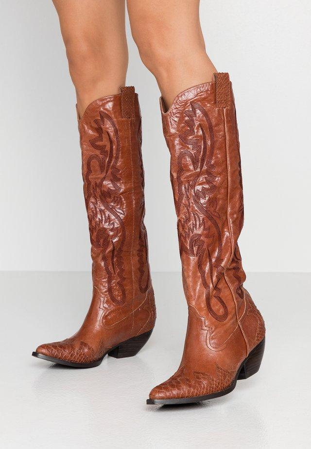 Cowboy/Biker boots - tan
