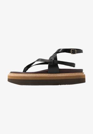 ESTERELLA - Sandály s odděleným palcem - black