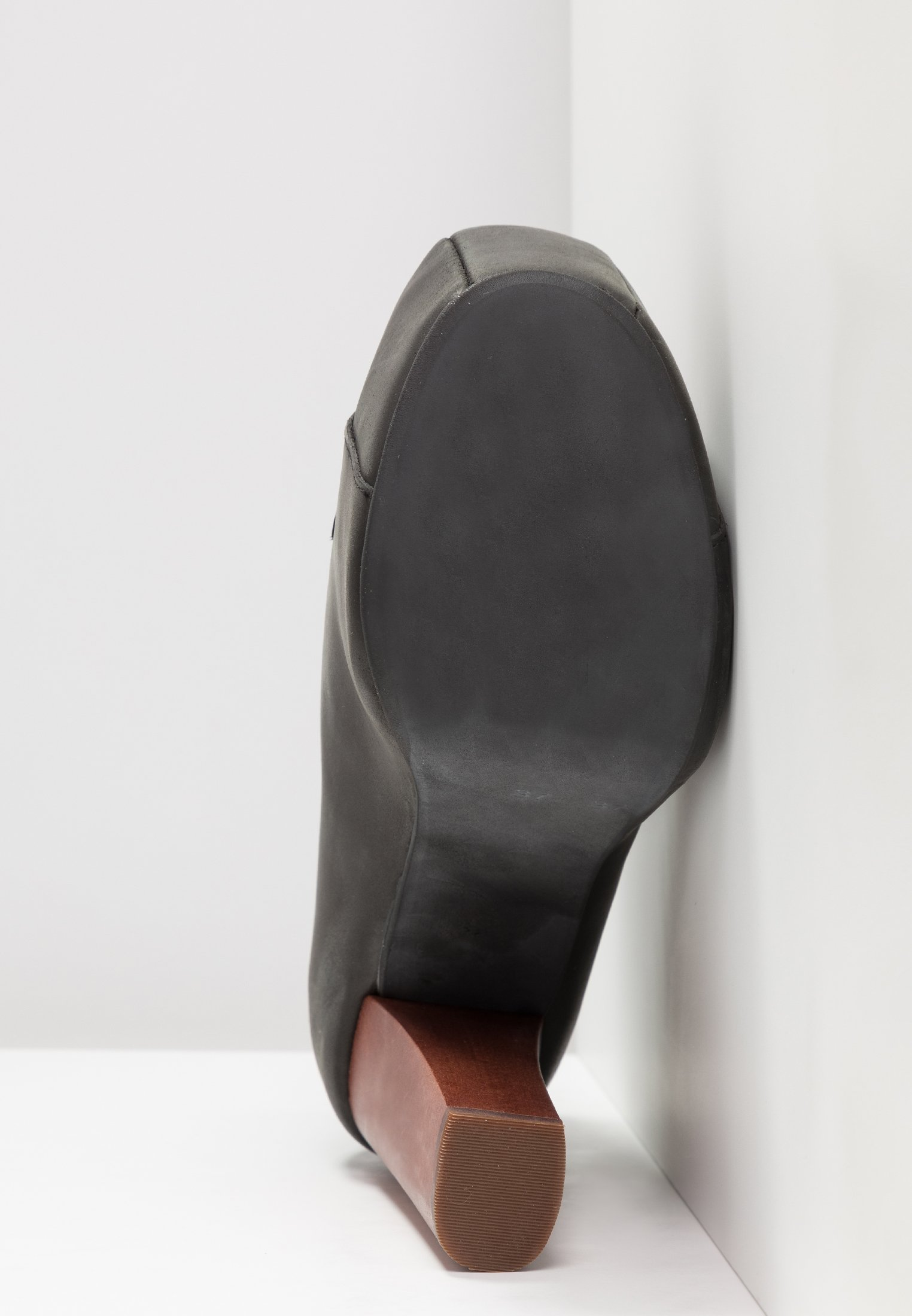 Jeffrey Campbell Botki sznurowane - black