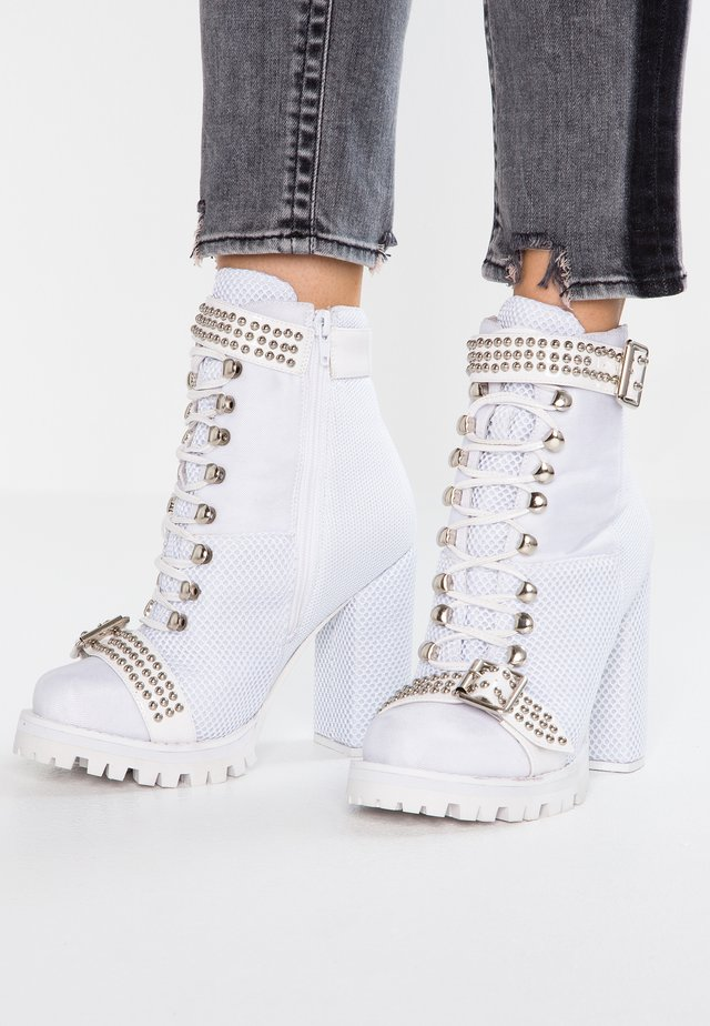 LILITH - High Heel Stiefelette - white