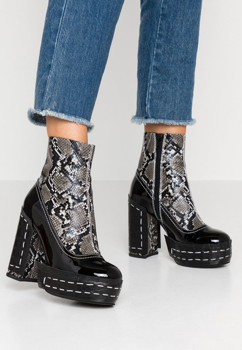 Jeffrey Campbell - DISMANTLE - High heeled ankle boots - black