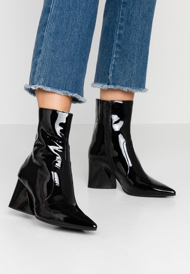 Jeffrey Campbell - GABRIELLE - Classic ankle boots - black