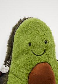 Jellycat - AMUSEABLE AVOCADO BAG - Across body bag - green - 2