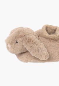 Jellycat - BASHFUL BUNNY BOOTIES - Geboortegeschenk - beige - 4