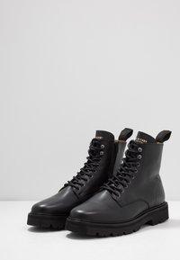 Jim Rickey - COMBAT BOOT - Šněrovací kotníkové boty - black - 2
