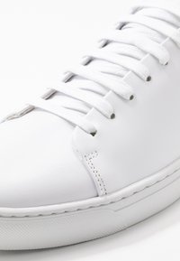 Jim Rickey - CLUB - Trainers - white - 5