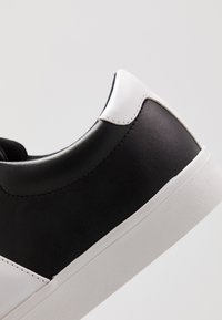 Jim Rickey - CHOP EVO - Trainers - black/white