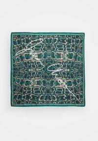 Jimmy Choo - Pañuelo - emerald - 1