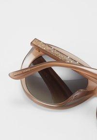 Jimmy Choo - ETTY - Sunglasses - nude - 3