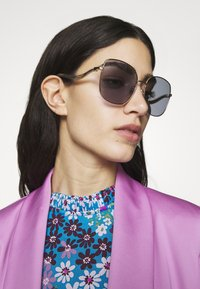 Jimmy Choo - MAMIE - Sonnenbrille - gold-coloured/lilac - 1