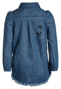 IKKS - ROBE - Robe en jean - medium blue - 1