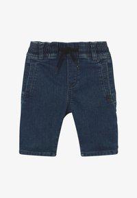 IKKS - BERMUDA - Denim shorts - medium blue - 2