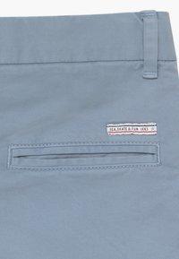 IKKS - BERMUDA - Shorts - bleu ciel - 4