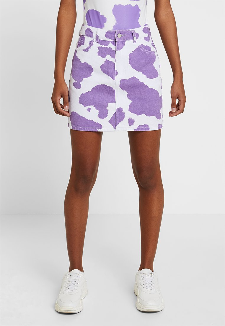 Jaded London - EXCLSUVE MINI SKIRT WITHOUT BELT - Spódnica jeansowa - pink/lilac cow