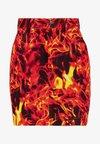 Jaded London - FLAME PRINT BOYFRIEND FIT SKIRT - Denim skirt - black flame print
