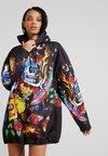 Jaded London - SKULL PRINT OVERZISED HOODED DRESS - Vestido informal - black /multi-coloured