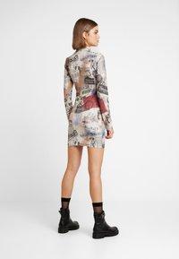 Jaded London - ZIP THROUGH HIGH NECK LONG SLEEVE DRESS - Pouzdrové šaty - multicoloured - 2