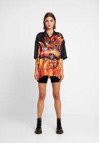 Jaded London - OVERSIZED REVERE COLLAR DRESS - Shirt dress - black - 1