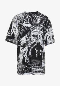 Jaded London - OVERSIZED PRINTED DRESS - Denní šaty - black/white - 4