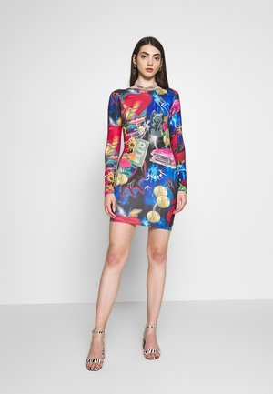 MINI BODYCON DRESS WITH HEART BACK DETAIL - Robe fourreau - retro 80's collage print