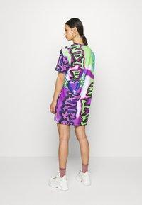 Jaded London - Jerseykleid - bright graffiti print - 3