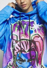 Jaded London - DRAWCORD HEM HOODIE DRESS - Freizeitkleid - colourful - 6