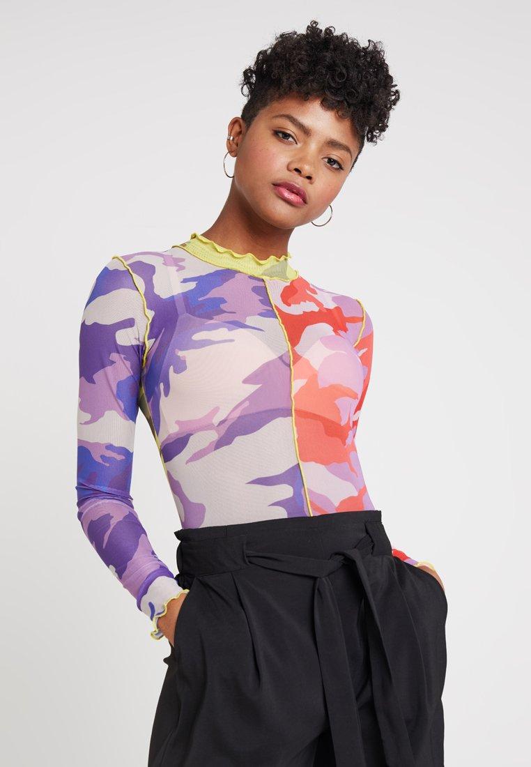 Jaded London - EXCLUSIVE HALF CAMO BODYSUIT - Body - lilac/pink/yellow