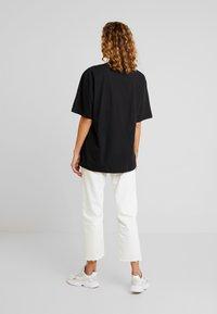 Jaded London - HIGH NECK SHORT SLEEVED - T-shirt imprimé - black revolution - 2