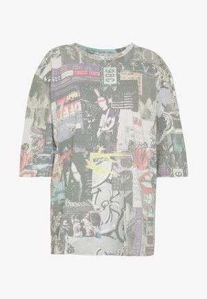 OVERSIZED WITH LONGER SLEEVE - T-shirts med print - multicolor