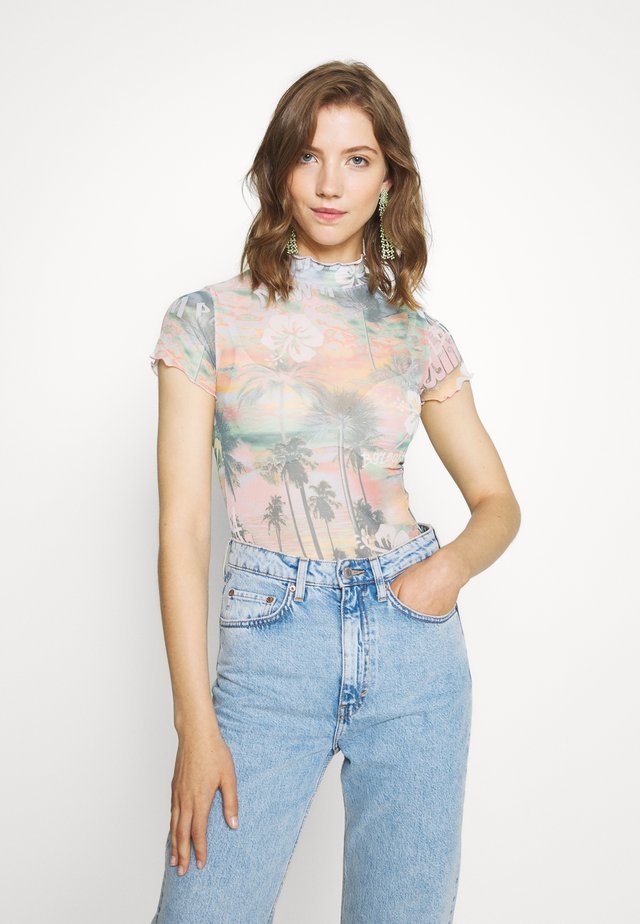 HIGH NECK CAP SLEEVE BODY - Print T-shirt - washed hawaiian