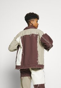 Jaded London - PATCHWORK SQUARE NECK JACKET WITH FRAYED SEAMS - Jeansjacke - brown - 2