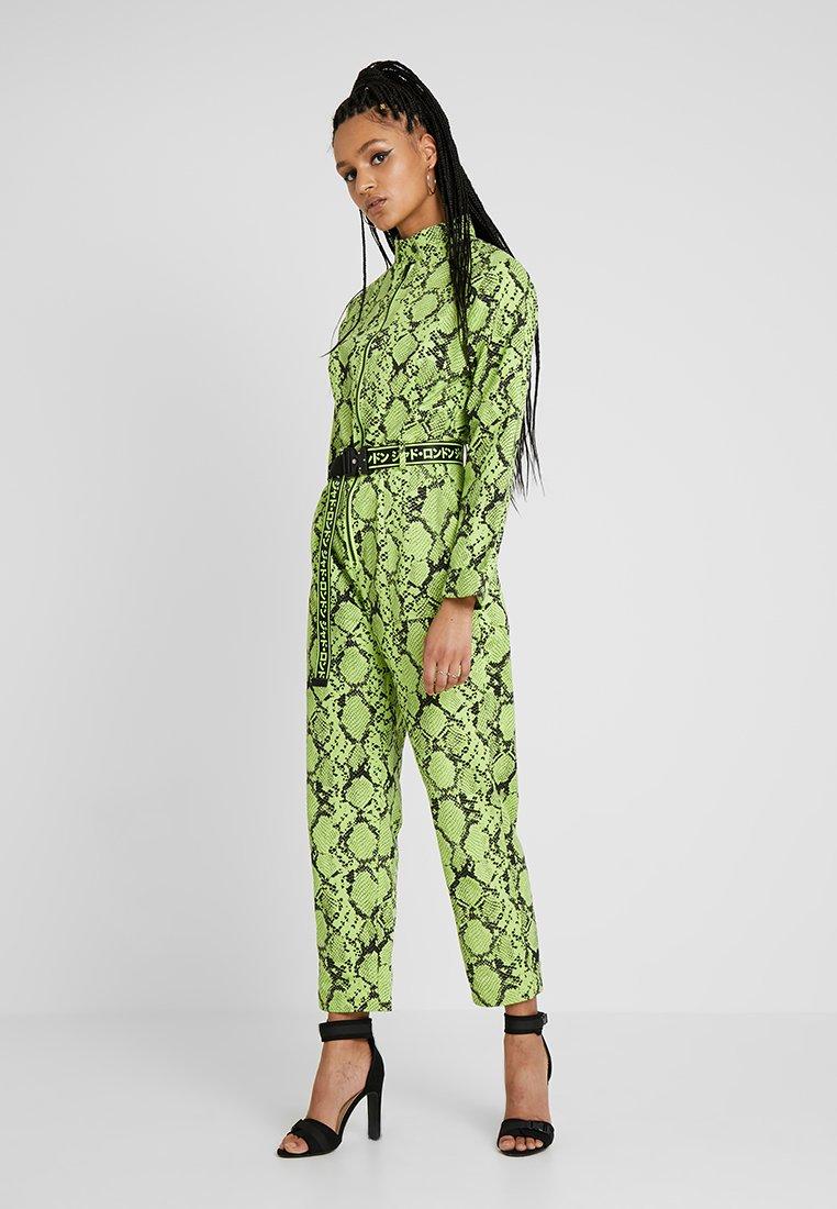 Jaded London - EXCLUSIVE SNAKE BOILER - Jumpsuit - green