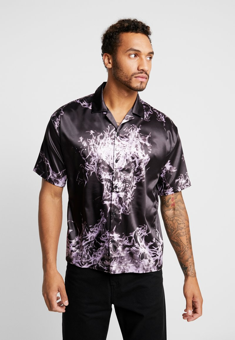 Jaded London - PURPLE FLAME SKULL SHIRT - Camisa - black/purple