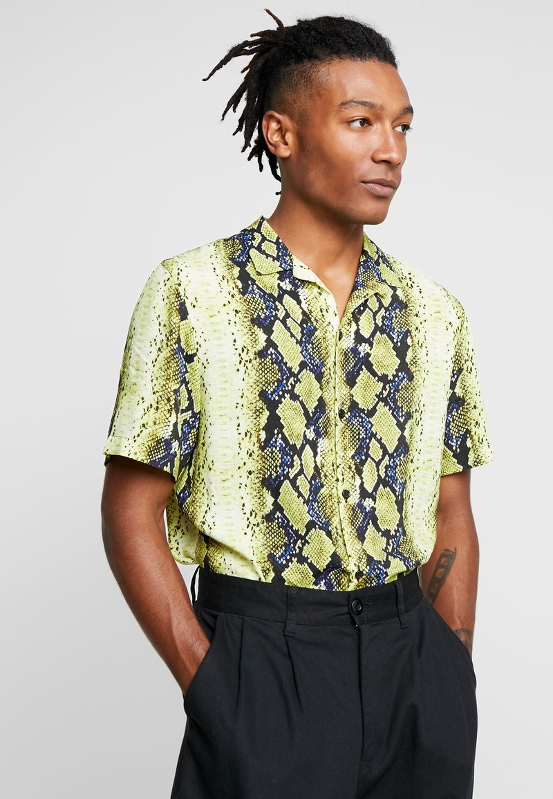 Jaded London - YELLOW SNAKESKIN SHIRT - Hemd - yellow