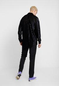 Jaded London - STRIPE - Camisa - black - 2