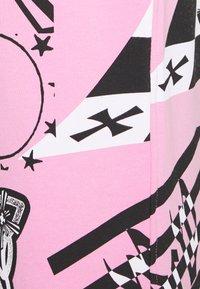 Jaded London - COLLAGE JOGGERS - Trainingsbroek - pink - 2