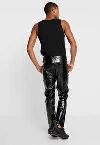 Jaded London - CROC - Pantalon classique - black - 2