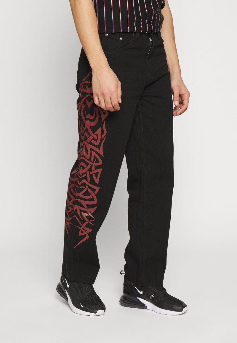Jaded London - TRIBAL SCREEN PRINT SKATE - Jeans Relaxed Fit - black