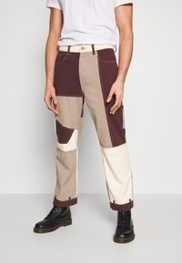 Jaded London - PATCHWORK DETAIL SKATE - Jeans relaxed fit - brown - 0