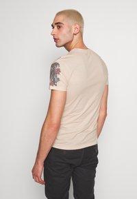 Jaded London - TATTOO - Print T-shirt - beige - 2