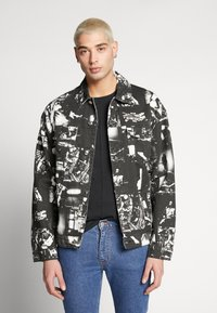 Jaded London - PUNK ROCK PHOTOGRAPH JACKET - Chaqueta vaquera - black - 0