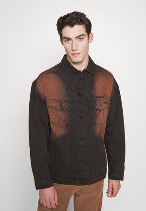 SAND BLAST EFFECT JACKET - Džínová bunda - black